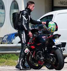 Moto - recherche de compagnon de route, de voyage et d'activité pour célibataires - lentracte-gerland.fr