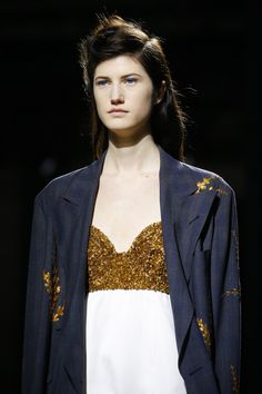 See detail photos for Dries Van Noten Spring 2016 Ready-to-Wear collection.