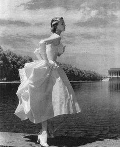 Jean Patchett, 1950   Sophia   Flickr