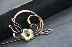 Shawl pin scarf pin sweater pin round flower by Keepandcherish Wire Crafts, Jewelry Crafts, Handmade Jewelry, Copper Jewelry, Hair Jewelry, Jewellery, Jewelry Polishing Cloth, Wire Pendant, Wire Weaving
