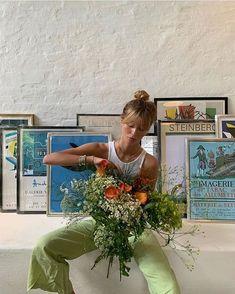 Surfergirl Style, Mode Ootd, How To Pose, Summer Aesthetic, Sky Aesthetic, Flower Aesthetic, Travel Aesthetic, Aesthetic Food, Aesthetic Clothes