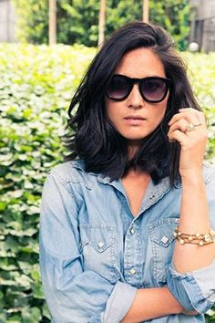 Great looking thick shoulder length hair. Olivia Munn has great style and this look rocks. Shoulder length hair looks good on her. Short Hairstyles For Thick Hair, Haircut For Thick Hair, Pretty Hairstyles, Hairstyle Ideas, Wedding Hairstyles, Black Hairstyles, Female Hairstyles, Thick Hair Long Bob, Cuts For Thick Hair