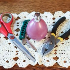 How to Remove the Spray Top From Old Perfume Bottles