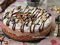 Torta fredda tronky alla nocciola e nutella. Deliziosa e ricca torta fredda. Scenografica e buonissima piacerà ai bambini ma anche ai grandi