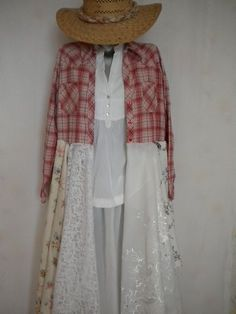 shabby chic mori girl layering boho romantic dress coat by EcoFriendlyCouture on Etsy Más Shabby Chic Outfits, Shabby Chic Style, Boho Chic, Shabby Chic Clothing, Bohemian, Vintage Clothing, Vintage Jewelry, Altered Couture, Diy Clothing
