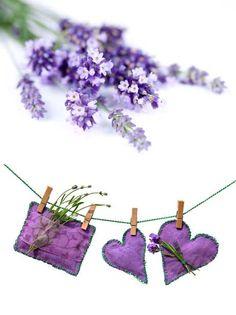 lavender heart sachets - diy tutorial http://www.flamingpetal.co.nz/diy-dinky-lavender-bags/