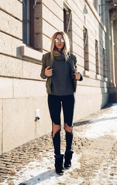 Each year there seems to be a new way to rock a bomber jacket, and this fashion year is no different! Here is the secret on how to wear bomber jacket!
