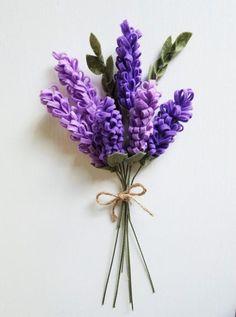 Lavender Bouquet / Felt Flower Bouquet / Wedding by ThreadandHeart Felt Flower Bouquet, Lavender Bouquet, Flower Bouquet Wedding, Felt Flowers, Diy Flowers, Fabric Flowers, Paper Flowers, Lavender Bridesmaid, Bridesmaid Bouquet