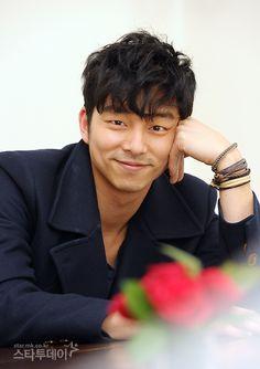 "Gong Yoo: ""What's your plan tonight?"""