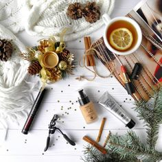 Glamorous lip products trending now. Gluten Free Makeup, Farmasi Cosmetics, Beauty Companies, Clean Makeup, Winter Beauty, Winter Photography, Slovenia, Mascara, Beauty Hacks