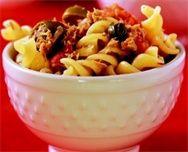 Pâtes au thon - http://www.goosto.fr/recette-de-cuisine/idee-recette-pates-thon-10040922.htm