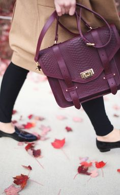 Oxblood purse / satchel / fall and autumn style / accessories / arm candy / bag envy / crossbody / black flats