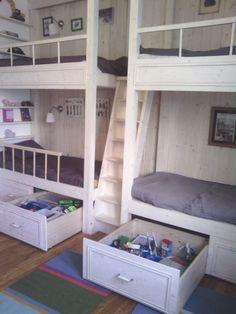 A szoba átalakítása (íróasztal és szekrény átalakítás) 2cc8e019ed