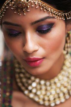 Indian Bridal Makeup Trends for the 2020 Brides to slay! Brown Smokey Eye Makeup, Bronze Eye Makeup, Purple Smokey Eye, Disney Princess Makeup, Coachella Makeup, Makeup At Home, Indian Bridal Makeup, Bride Makeup, Makeup Trends
