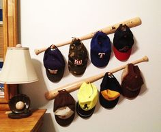 Baseball Bat Peg Hat Rack~ sooo cute in a boys baseball room Diy Hat Rack, Hat Hanger, Wall Hat Racks, Hanger Rack, Baseball Crafts, Baseball Bat Decor, Baseball Stuff, Boys Baseball Bedroom, Baseball Gloves