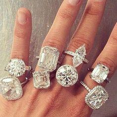 Bhjewelers.com  Niceeeee I want one......