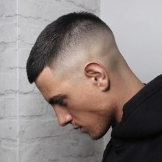 20 Easy Men's Haircuts & Hairstyles for Work and Play Related posts: The Best Hairstyles & Haircuts for Men With receding hairline The 50 Best Curly Hair Men's Haircuts + Hairstyles of 2018 Best Mens Haircuts For (Curly Hair) 2018 Mens Medium Length Hairstyles, Straight Hairstyles, Short Hairstyles For Men, Wedding Hairstyles, Easy Hair Cuts, Short Hair Cuts, Hairstyles Haircuts, Haircuts For Men, Haircut Men
