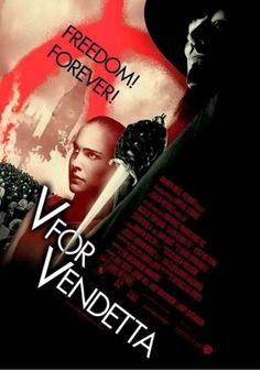 Filme: V for Vendetta (V de Vingança, 2005). Direção: Andy Wachowski, Lana Wachowski. Elenco: Hugo Weaving, Natalie Portman, Rupert Graves.