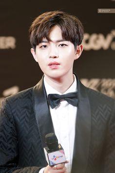 Honey, please..... Minhyuk, Jinyoung, K Pop, Jaehwan Wanna One, Lai Guanlin, Lee Daehwi, Ong Seongwoo, Kim Jaehwan, My Destiny
