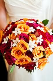 Simple, bright and happy autumn bouquet