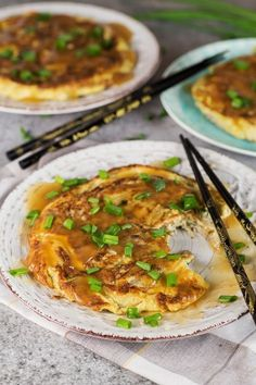 Vegetable Egg Foo Young - w/ Bean Sprouts & Mushrooms - Vegetable Egg Foo Young is a perfect meatless Chinese-American breakfast option. Packed with bean sprouts, water chestnuts, and mushrooms! Egg Recipes, Asian Recipes, Appetizer Recipes, Cooking Recipes, Ethnic Recipes, Cold Appetizers, Italian Appetizers, Asian Foods, Chinese Recipes