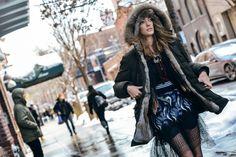 mini jupe et jupe résille pour un look très tendance et original !