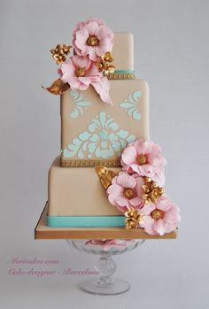 Gold Wedding Cakes Taupe wedding cake with pink roses and Tiffany blue detail. ᘡղbᘡ - We're patiently counting down to lunchtime by looking at these gorgeous wedding cakes, they are just so pretty and made our jaws drop! Gorgeous Cakes, Pretty Cakes, Amazing Wedding Cakes, Amazing Cakes, Bolo Floral, Just Cakes, Wedding Cake Inspiration, Wedding Ideas, Elegant Cakes