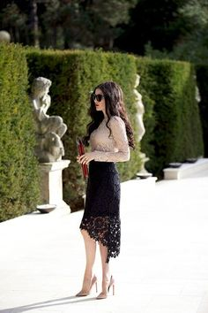 Lots of Lace. - Rach Parcell : Lots of Lace. Classy Outfits, Cute Outfits, Modest Fashion, Fashion Dresses, Dress Skirt, Dress Up, Midi Skirt, Lace Skirt Outfits, Lace Outfit