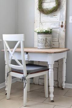 Cute, If you also inserted corkboard into the hole from an old screen door it would make a nice mini office nook