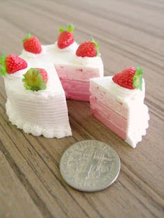 Strawberry pie, made out of air drying clay