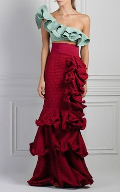 M'O Exclusive Crab Ruffle Skirt by Johanna Ortiz Love Fashion, Runway Fashion, High Fashion, Fashion Show, Womens Fashion, Trendy Fashion, Evening Dresses, Prom Dresses, Baby Dresses