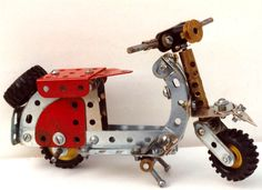 Meccano scooter by Philip Webb, from a model in Meccano Magazine.