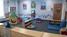 This would be an awesome daycare class. this would be an awesome daycare class toddler classroom decorations Infant Room Daycare, Infant Toddler Classroom, Toddler Play, Infant Play, Daycare Setup, Daycare Design, Daycare Ideas, Daycare Spaces, Home Daycare