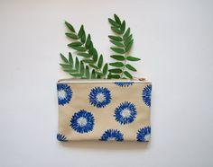 Blue Chrysanthemum Small Leather Zipper Pouch от kertis на Etsy