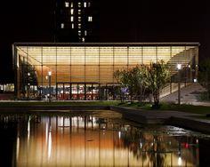Dynamic Erasmus pavillion / Rotterdam / Powerhouse Company / De Zwarte Hond