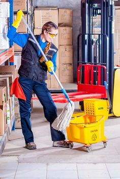 Industrial cleaning is tricky and we know the tricks by cleaning toxins without contacting them. Spiffy #clean in #Melbourne is the #right #choice as the #name itself says #smart #cleaning.