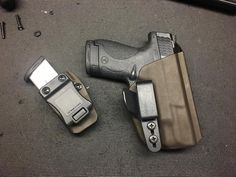 Cyber Monday deal today only buy a quick ship holster get a matching magazine pouch.  http://ift.tt/2AcbhYo  #guns #cybermonday #kydex #holsters #glock #9mm #everydaycarry #igmilitia #edc  #pewpew