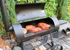 Barbecue Smoker, Bbq Pork, Grilling, Smoked Pulled Pork, Pulled Pork Recipes, Smoker Designs, Barbecue Design, Bbq Island, Grilled Pork
