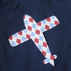 plane aplique on a shirt ?
