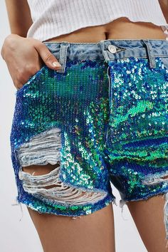 Borrow from the boys in shape and up-the-ante on denim cut-offs with these gorgeous sequin shorts. Cut with a mid-rise waist, they come detailed with a longer length leg and slouchy boyfriend fit. Finished with a raw hem and abrasions for an edgy feel. Denim Cutoff Shorts, Sequin Shorts, Boho Shorts, Jean Shorts, Denim Fashion, Fashion Outfits, Womens Fashion, Fashion Trends, Festival Outfits