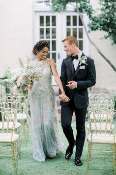 Graceful fine-art ballerina wedding editorial | Santa Ana Wedding Inspiration - Photographer STEPHANIE WEBER PHOTOGRAPHY | Magnolia Rouge: Fine Art Wedding Blog | Romantic Wedding Photos | Wedding Dresses | Groom Style