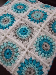 Trendy Ideas For Crochet Baby Blanket Free Pattern Granny Square Color Combo. Trendy Ideas For Crochet Baby Blanket Free Pattern Granny Square Color Combos patterns blanket color combos Crochet Baby Blanket Free Pattern, Granny Square Crochet Pattern, Afghan Crochet Patterns, Crochet Squares, Crochet Granny, Crochet Motif, Granny Squares, Knitting Patterns, Baby Granny Square Blanket