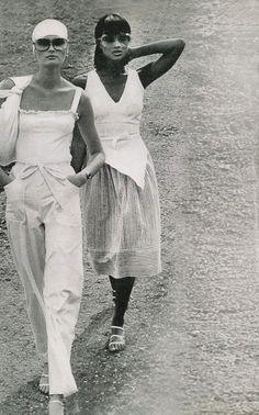Photo by Kourken Pakchanian for Vogue, 1975.
