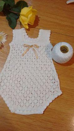 Dinos Bebe White Embroidered Knitted B - maallure Baby Girl Crochet, Crochet Baby Clothes, Crochet For Kids, Knit Crochet, Newborn Crochet Patterns, Crochet Headband Pattern, Baby Patterns, Baby Sweaters, Baby Dress