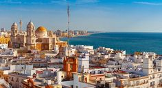Andalucia's Cadiz makes The New York Times' top holiday destination list - Olive Press News Spain New York Times, Places To Travel, Places To Go, Las Vegas, New Spain, Andalusia Spain, Tapas Bar, Holiday Pictures, California