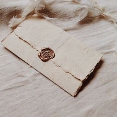 simple product photography, minimalist product photography, vintage letter with wax stamp Invitation Cards, Wedding Invitations, Invitation Ideas, Wedding Stationery, Princess Aesthetic, Wax Seal Stamp, Vintage Lettering, Schmuck Design, Letter Writing