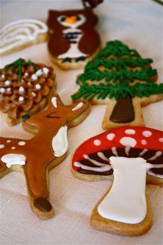 Woodland Cookies-woodland sugar cookies-mushroom cookies-deer cookies-fawn cookies-bear cookies-pinecone cookies-acorn cookies