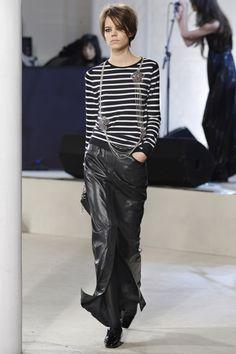 2007.12.07 Chanel Pre-Fall 2008 London (Close)lookshow映像 4:34 8:35 15:43backsta…