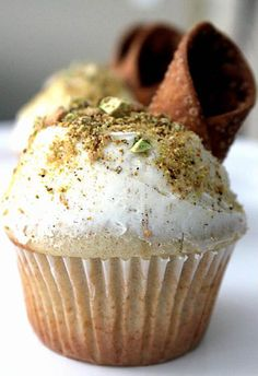 Cannoli Cupcakes by Mele Cotte