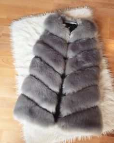 Short faux fur Vest ROSA in gray. Our fur vests are made of artificial fur, supplemented by artificial leather. Artificial Leather, Faux Fur Vests, Really Cool Stuff, Winter Fashion, Fur Coat, Gray, Shopping, Women, Winter Fashion Looks